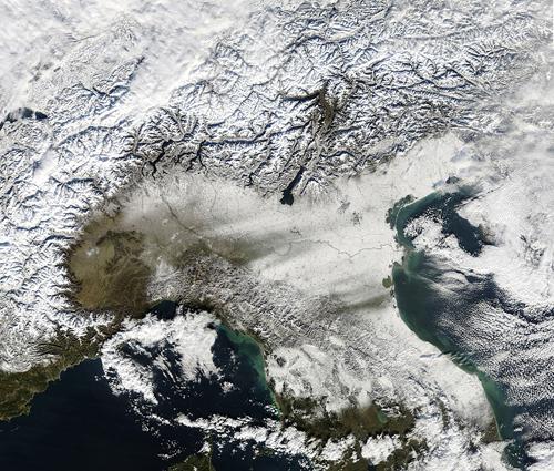L'Italia del nord sotto la neve