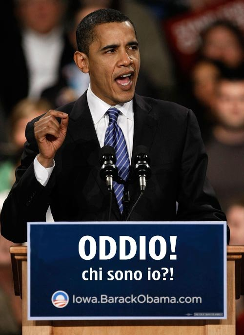 Obama con il cartello bizzarro 'Oddio! chi sono io?!'