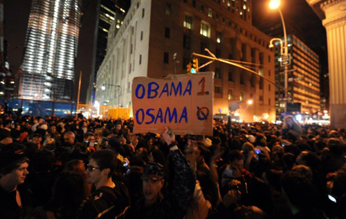 Un cartello a New York: Osama 0 Obama 1