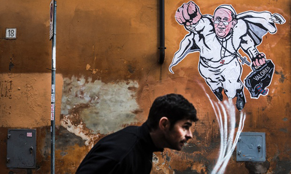 Il murale di papa Francesco
