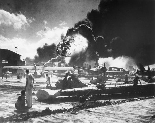 Effetti dell'attacco giapponese su Pearl Harbour