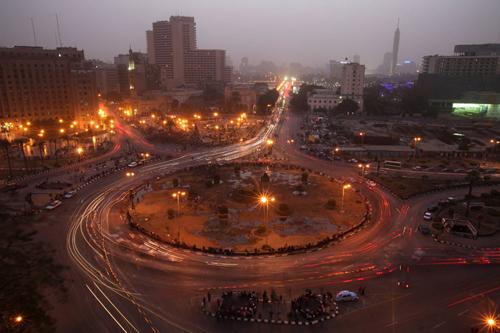 Ritorna il traffico in piazza Tahrir al Cairo