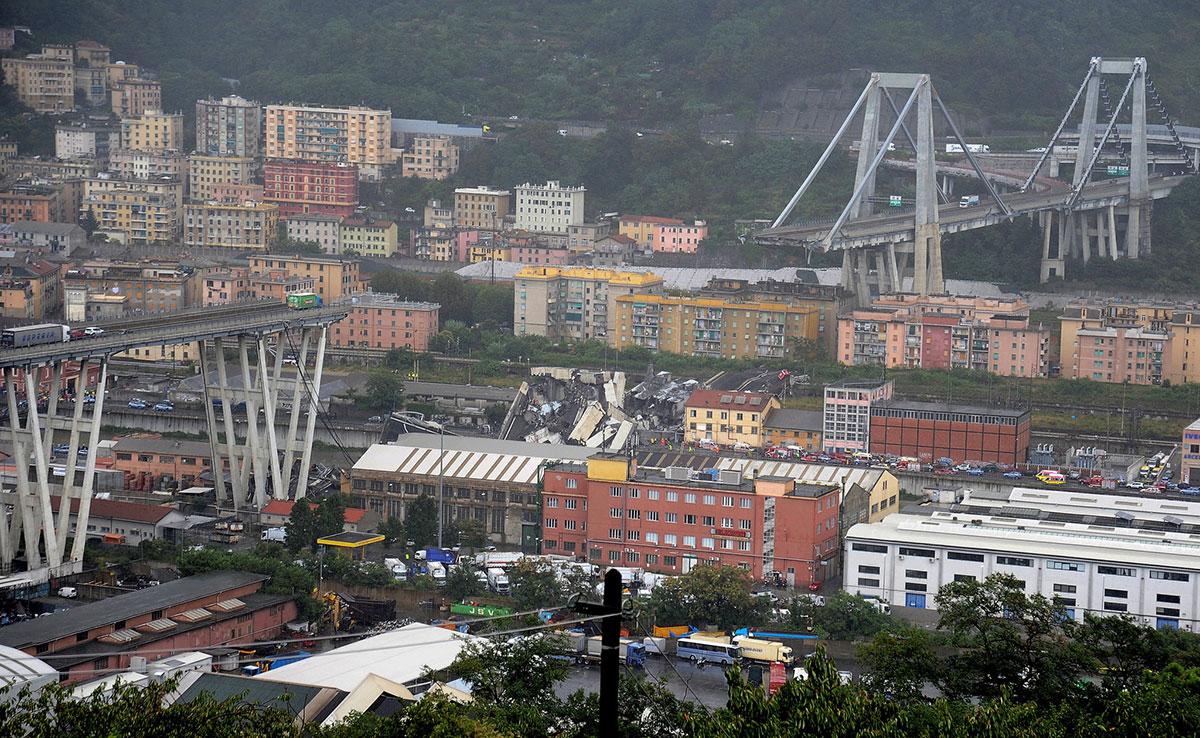 Il viadotto della A10 crollato a Genova