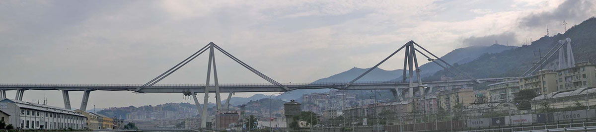 Il ponte Morandi a Genova prima del crollo