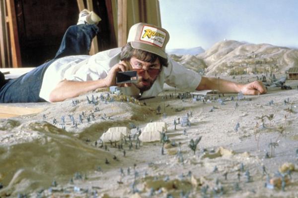 Spielberg sul set di Predatori dell'Arca perduta
