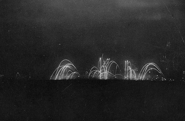 Scambi di artiglieria notturni sul fronte occidentale