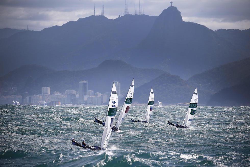 Una regata di classe 470 a Rio 2016