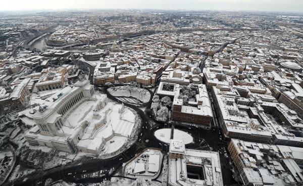 Il Vittoriale sotto la neve