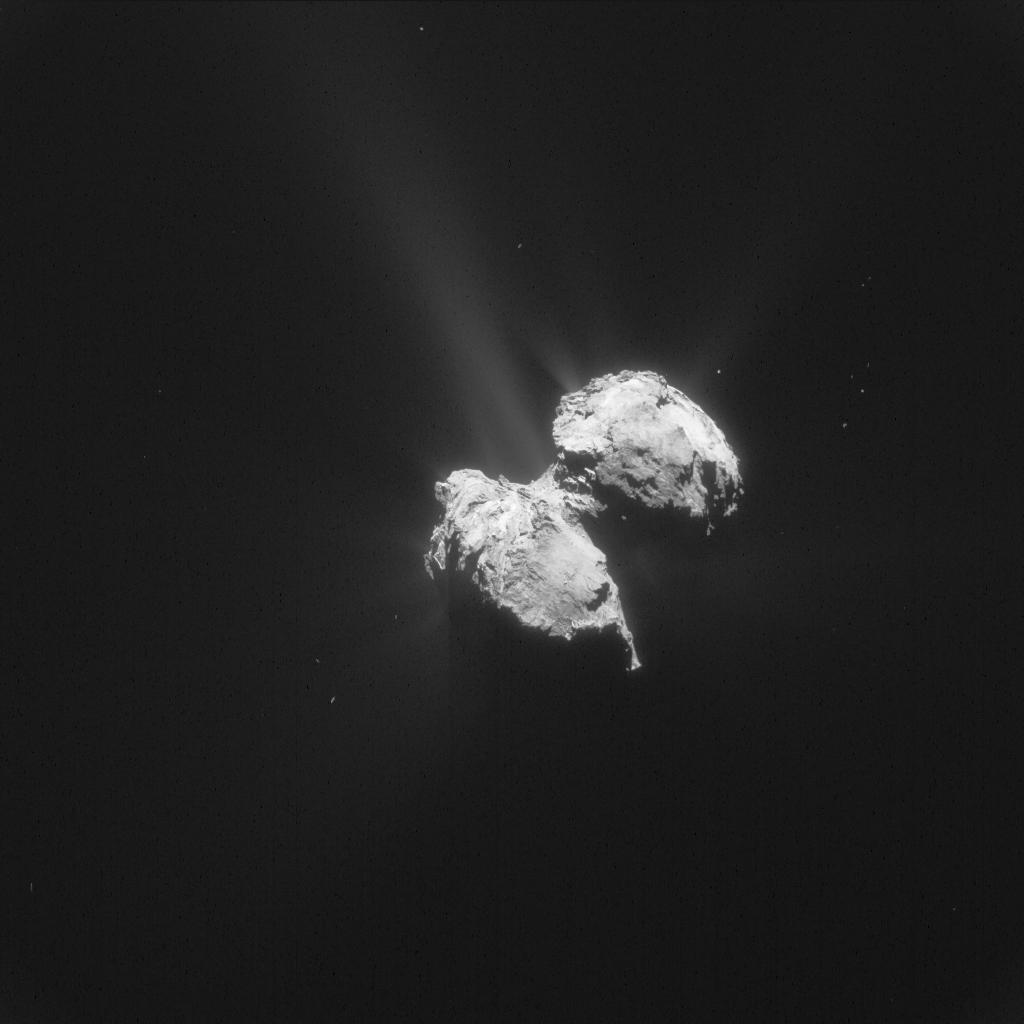 La cometa 67P Churyumov Gerasimenko fotografata da Rosetta