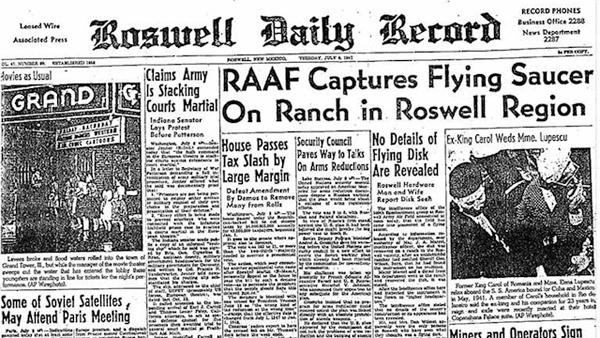 Il Roswell Daily Record con la notizia dell'UFO ritrovato