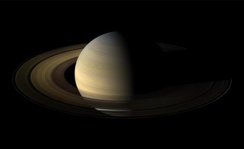 Immagine di Saturno catturata dalla sonda Cassini
