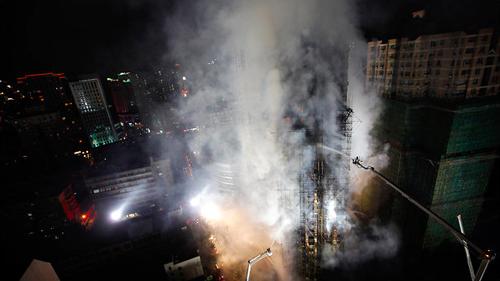 Il grattacielo in fiamme