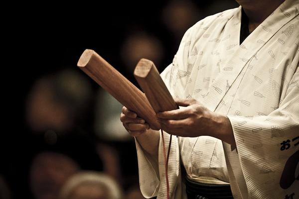 Particolare di un lottatore di sumo
