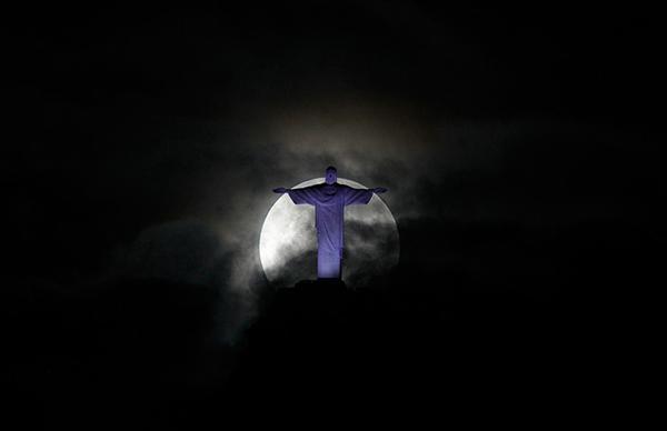 La Superluna a Rio de Janeiro