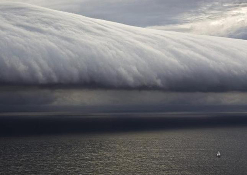 Nuvole di tempesta sulla Sydney to Hobart Yacht Race