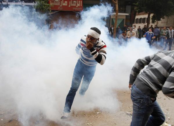 Manifestante al Cairo