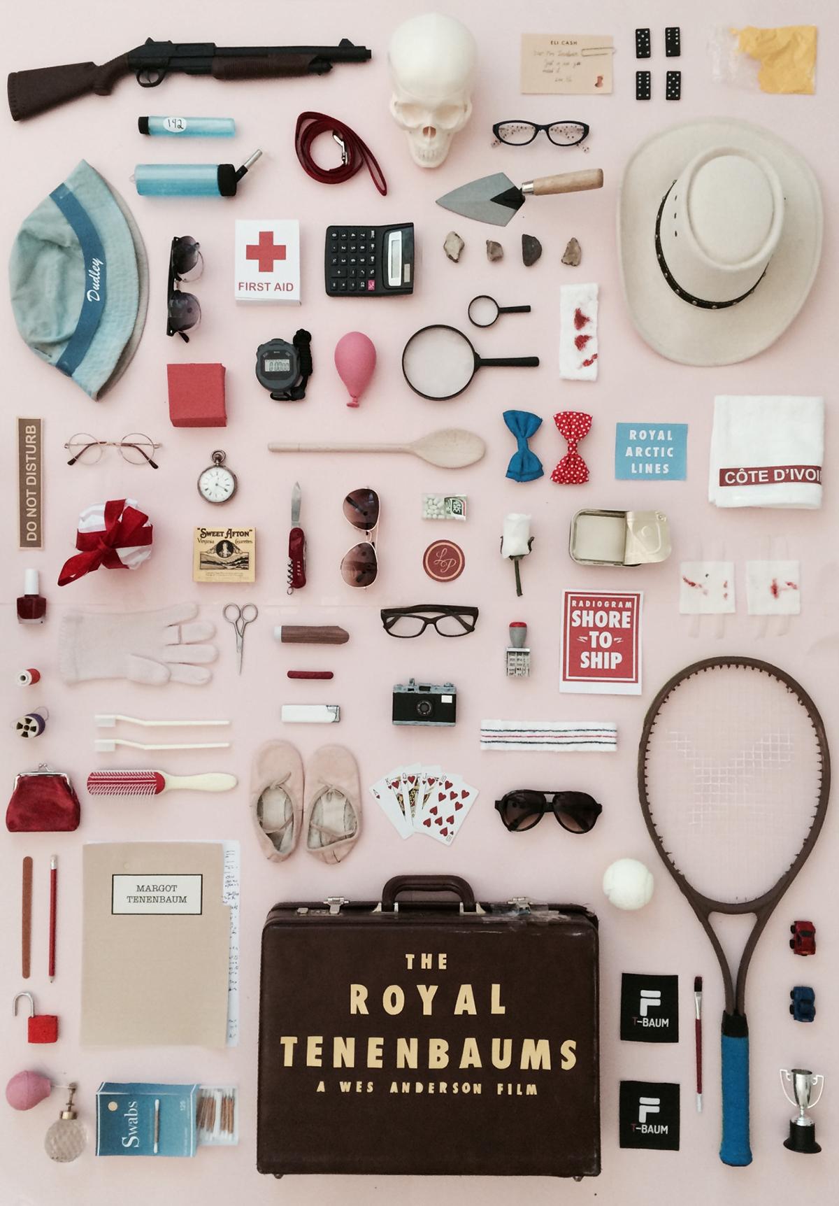 Locandina di The Royal Tenenbaums con gli oggetti di scena