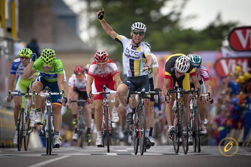 Cavendish vince una tappa al Tour 2011