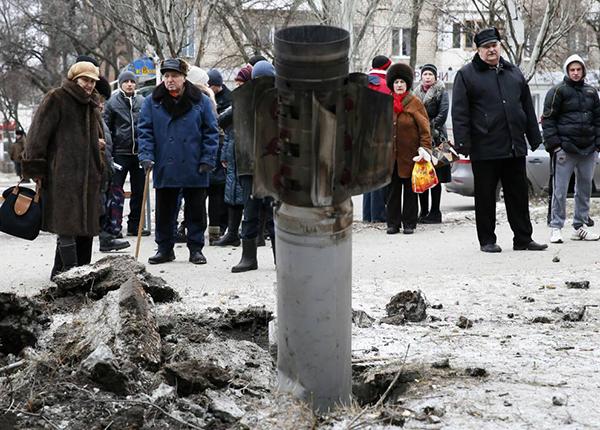Missili dei ribelli filorussi sulla città ucraina di Kramatorks