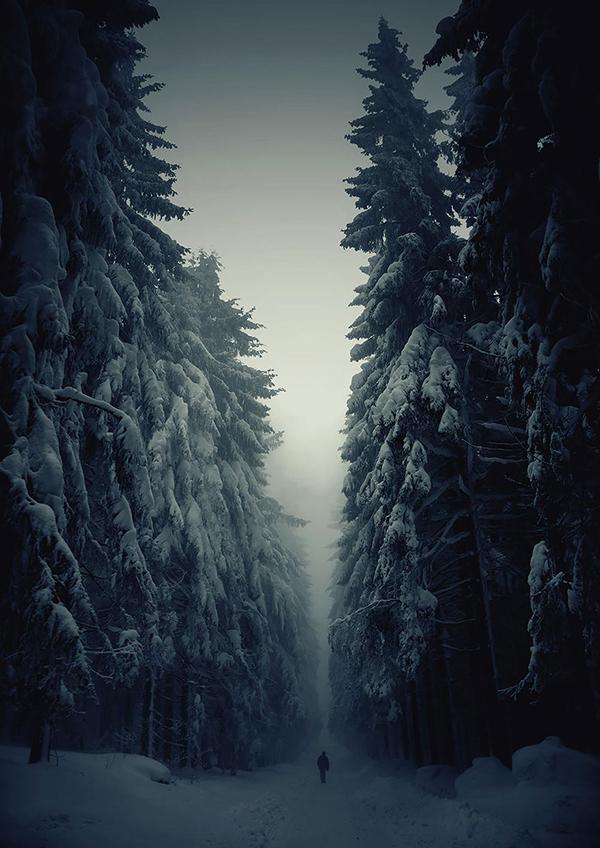 Umani di fronte all'immensità della natura