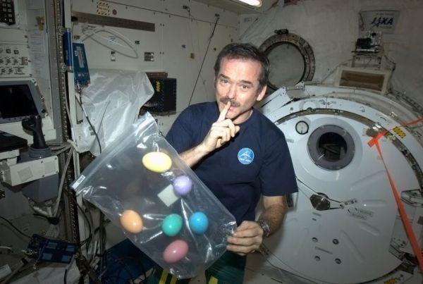 Le uova di Pasqua a bordo della ISS