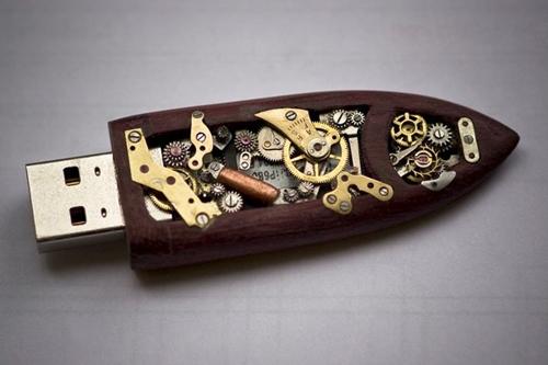 USB key in versione steampunk