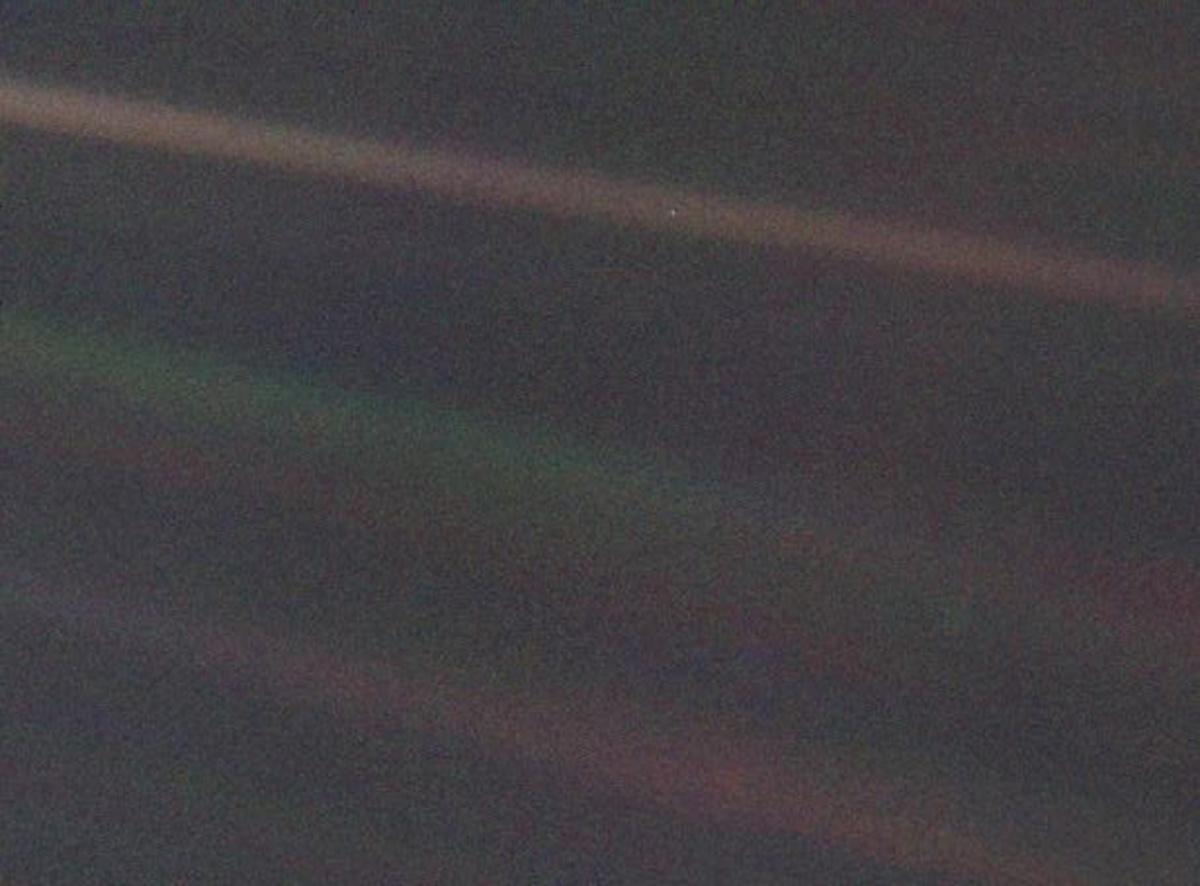 Pale Blue Dot, la Terra fotografata da Voyager 1